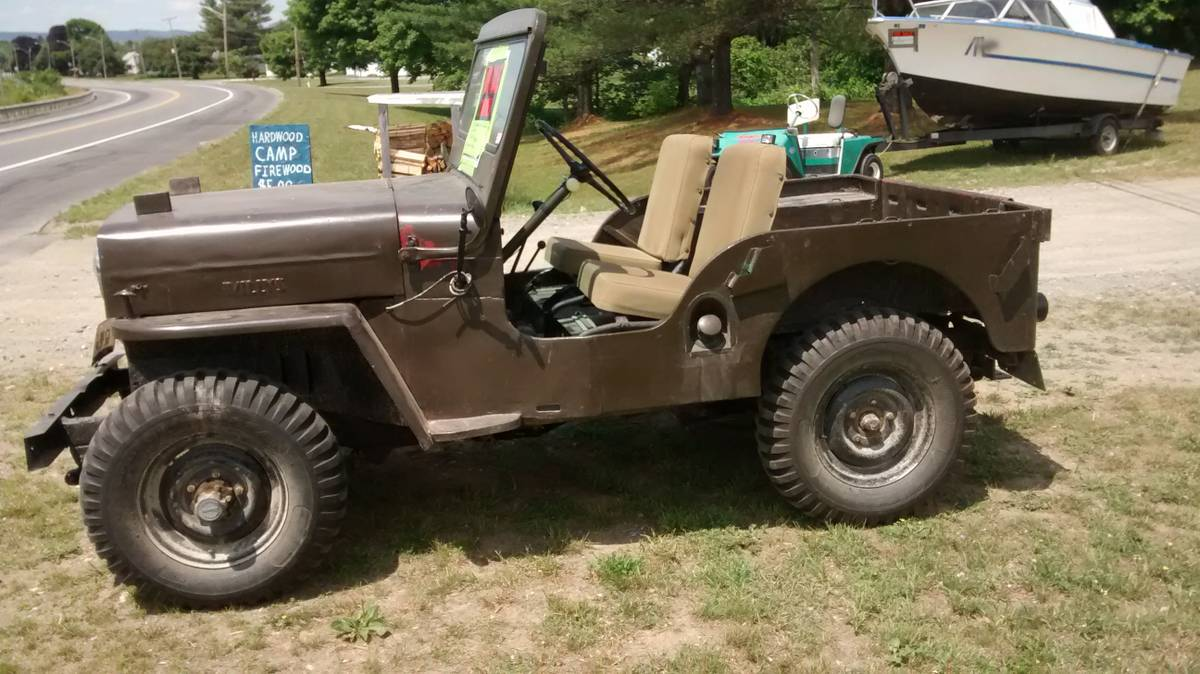 1953 willys green cj3b jeep for sale in bingham me 4 000. Black Bedroom Furniture Sets. Home Design Ideas